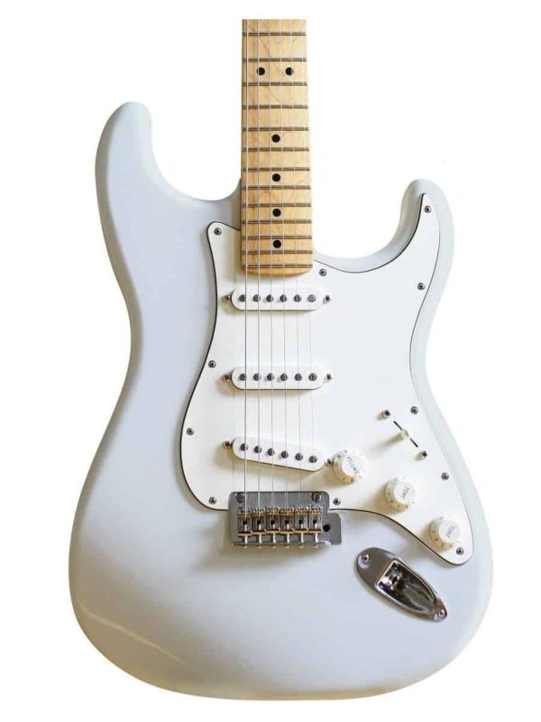 vernice nitrocellulosica Daphne Blue per la pittura di chitarra elettrica. Scopri come verniciare chitarra elettrica e finirla con una vernice alla nitrocellulosa. nitrocellulosa